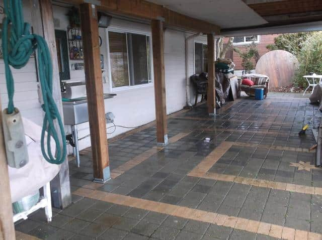 Here is a picture of the job done after completing the new supports for this happy customer's deck!