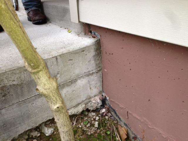 front-stoop-concrete-lifting-before-seattle