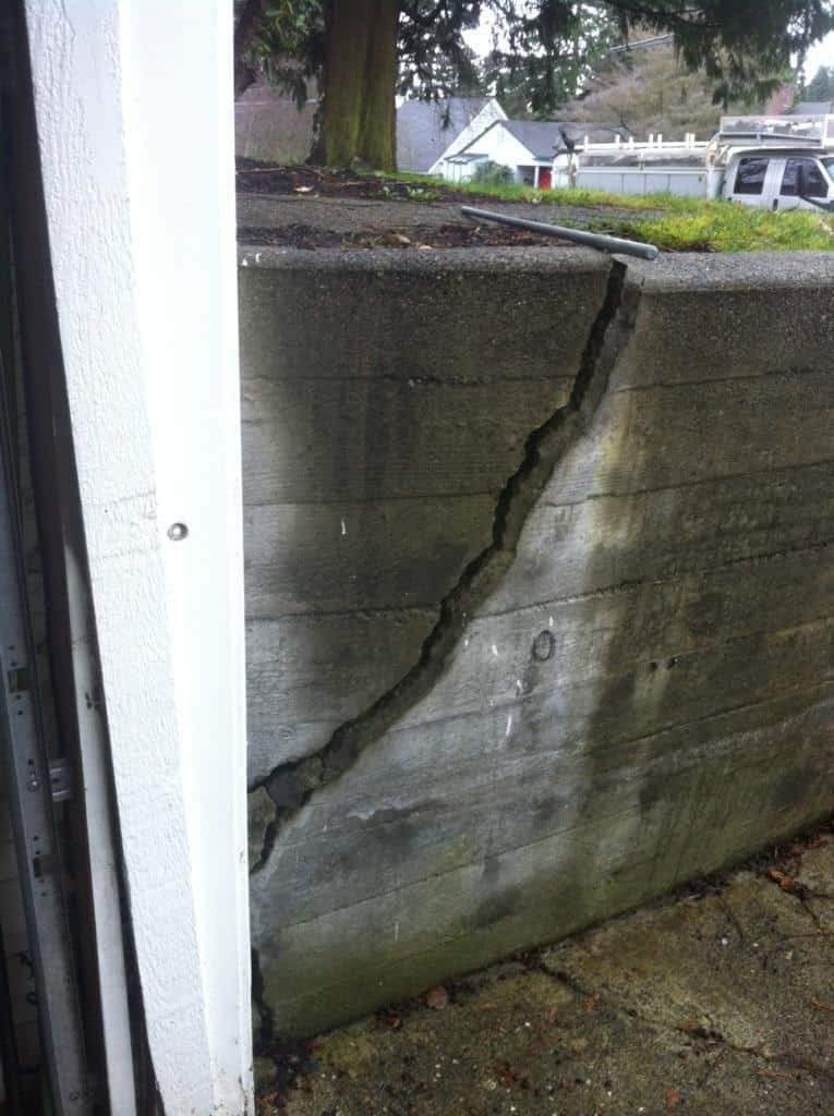 retaining-wall-before-seattle